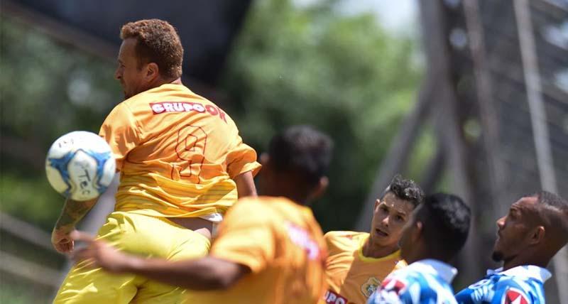 ze-love-marca-no-final-e-brasiliense-arranca-empate-contra-o-taguatinga