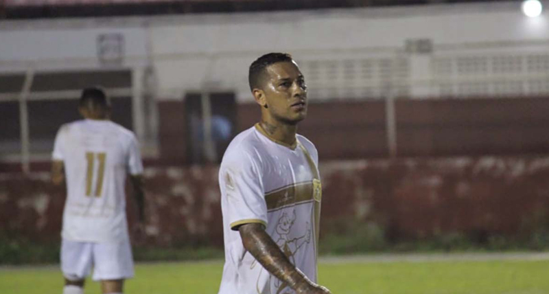brasiliense-vence-carimba-a-classificacao-e-assume-a-lideranca-do-grupo-a6