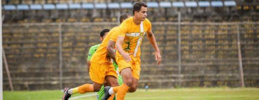 michel-platini-destaca-a-felicidade-de-marcar-o-primeiro-gol-na-volta-ao-jacare