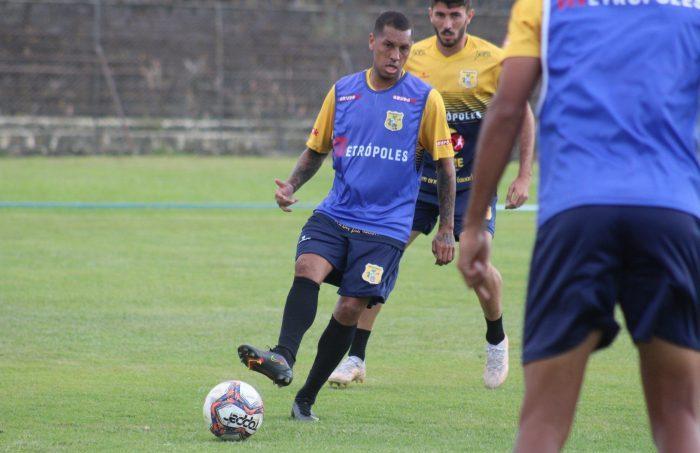 Em casa, Brasiliense busca segunda vitória sobre o Jaraguá