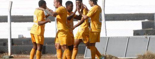 brasiliense-goleia-o-jaragua-e-volta-a-vencer-dentro-da-serie-d